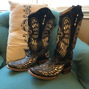 Black Cross Wing Corral boots